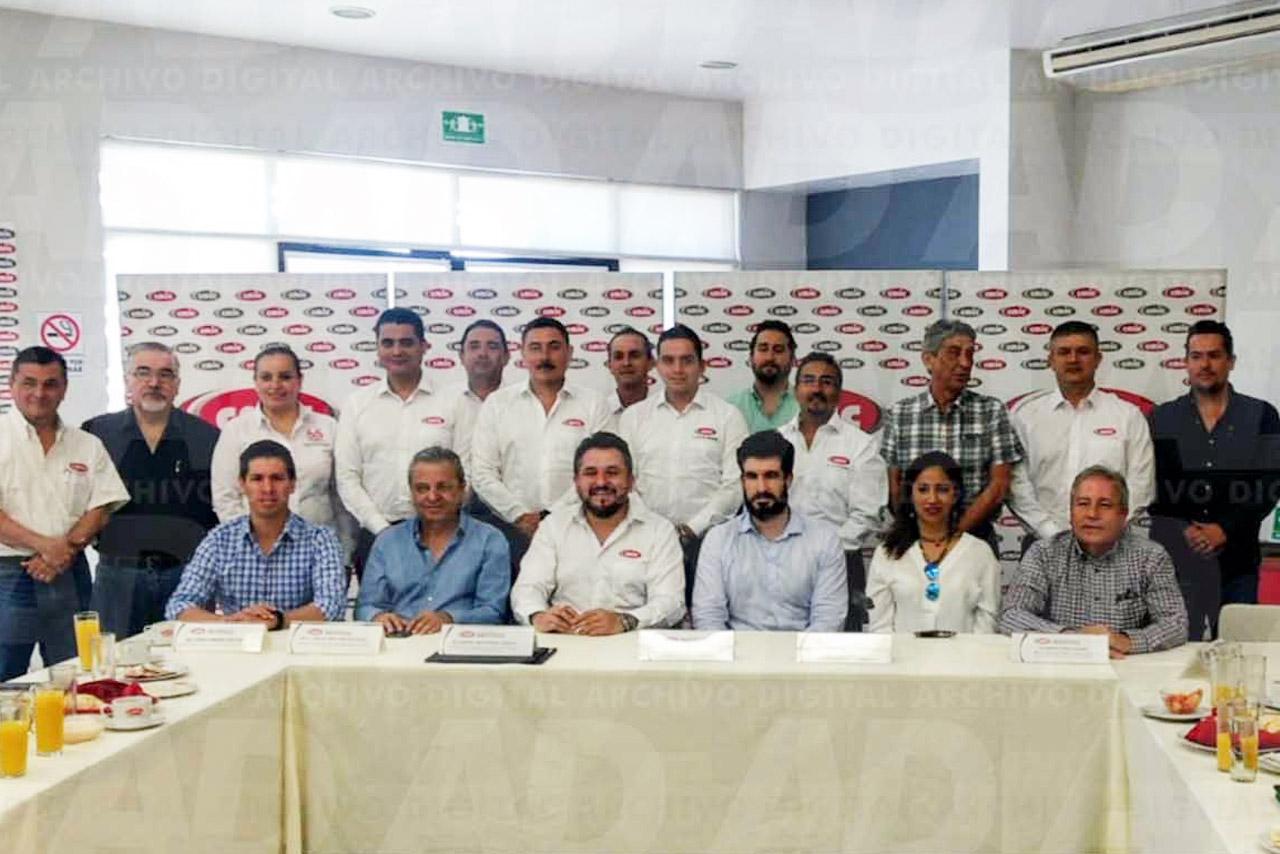 Eraikune acudió a México para explicar las ventajas competitivas que tiene el modelo vascos de clústers.