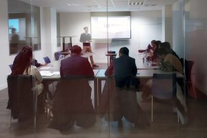 Una delegación de Kazajistán visita Euskadi para conocer el programa vasco de clusters de la mano de Eraikune
